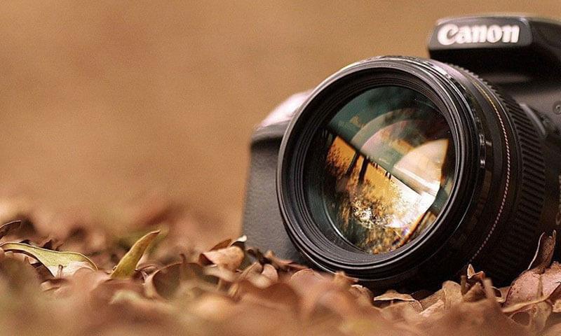 عکس شاخص پست انواع عکاسی از اجسام بی جان و عکاسی از محصول